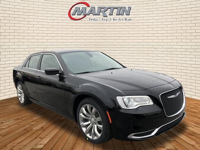 New 2019 CHRYSLER 300 Touring Sedan in Bowling Green # ...